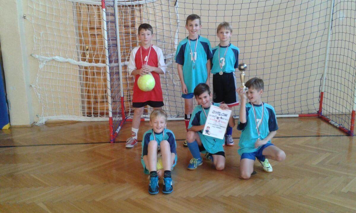 IX Halowy Turniej Piłki Nożnej