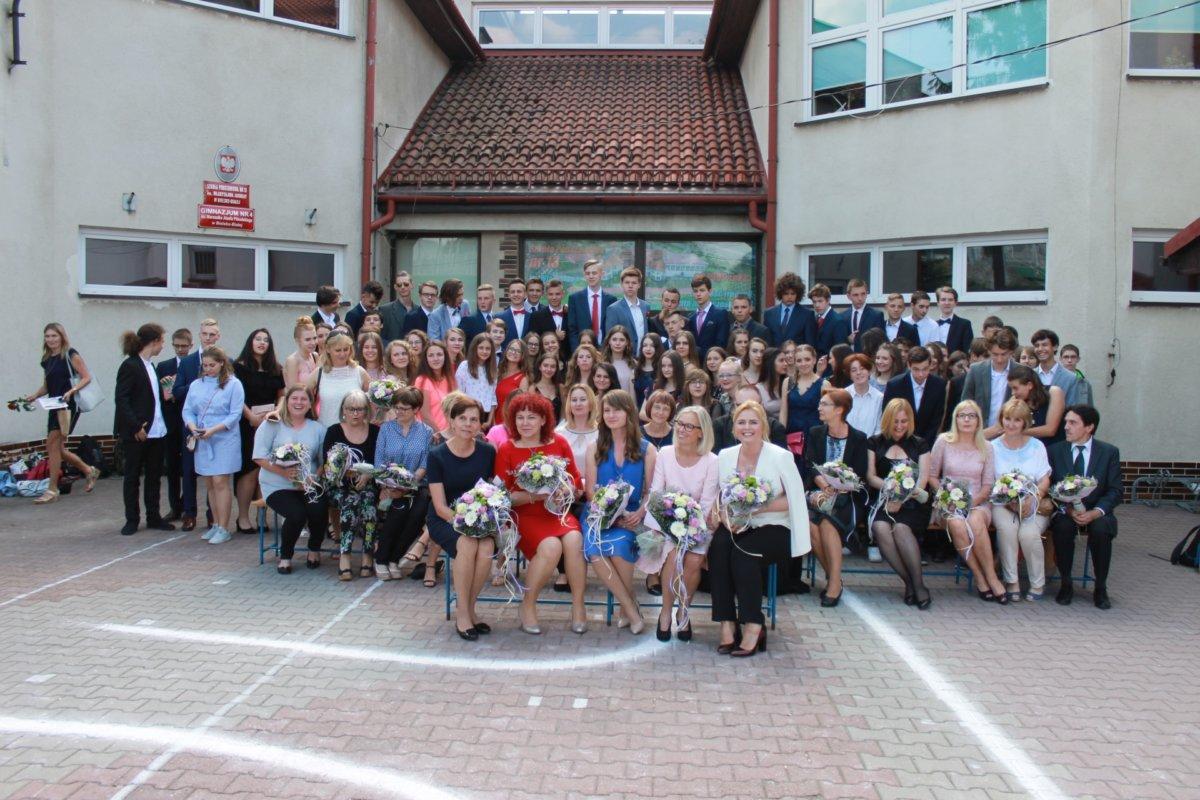Pożegnanie klas III gimnazjum