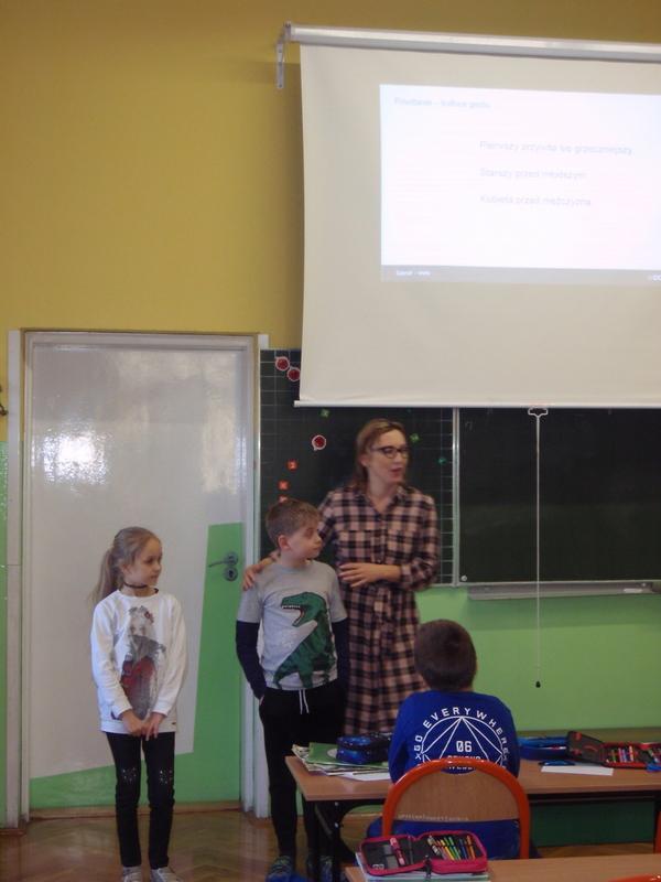 "Zajęcia ""Savoir-vivre"" w klasach 2a i 2c"